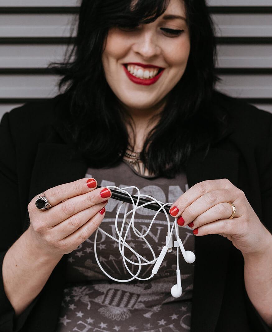 Laura-Calascibetta-graphic-designer-home-chi-sono