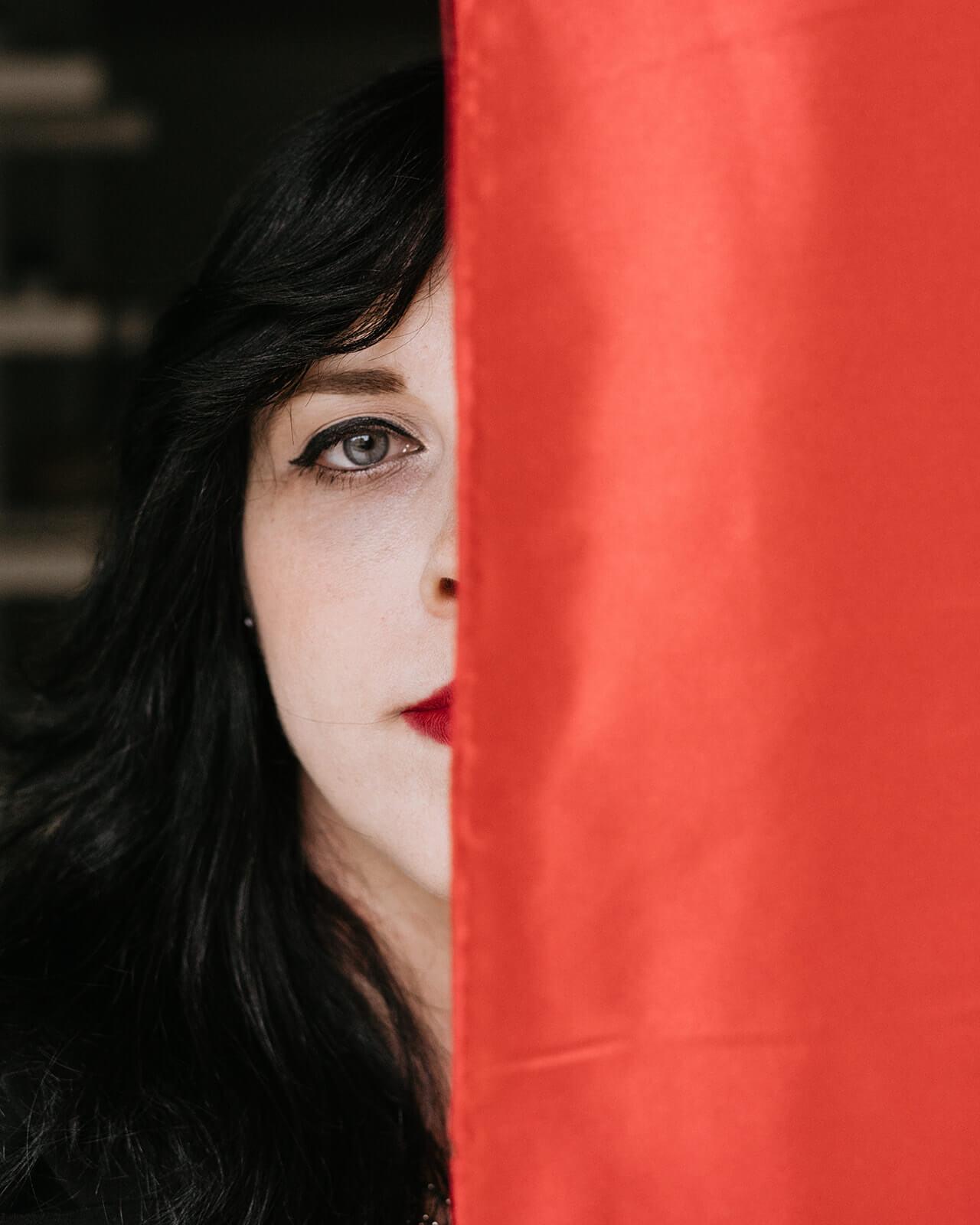 Laura-Calascibetta-graphic-designer-Genova-chi-sono-foto-testo-2